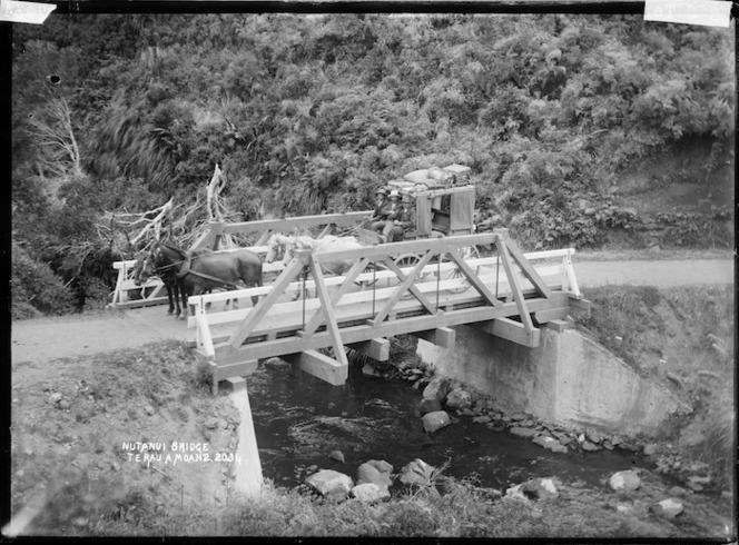 Ngutunui Bridge, Te Rauamoa