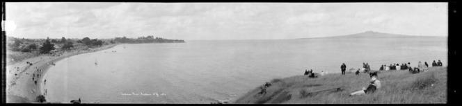 Cheltenham Beach, Devonport, taken between 1923 and 1928. Ref: Pan-0184