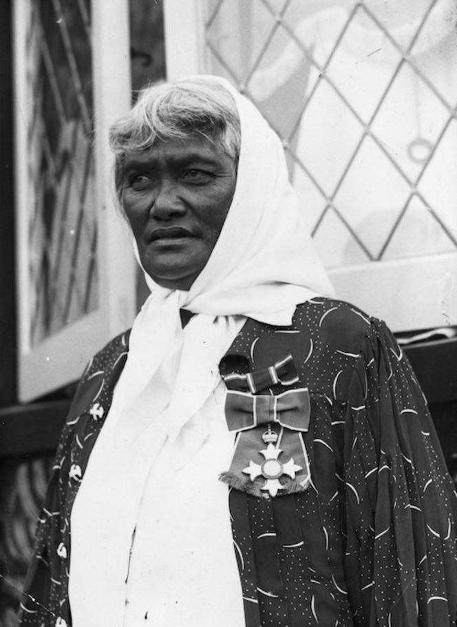 Princess Te Kirihaehae Te Puea Herangi, wearing the New Years medal she received in 1938, the Commander of the British Empire.