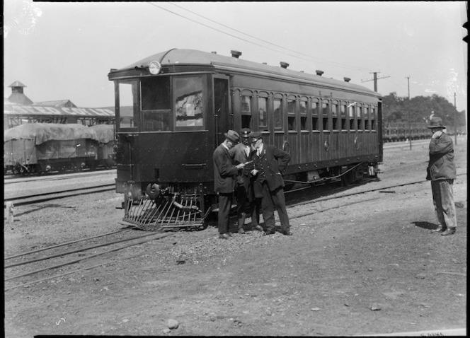 "View of the ""Buckhurst"" railcar, 1925"