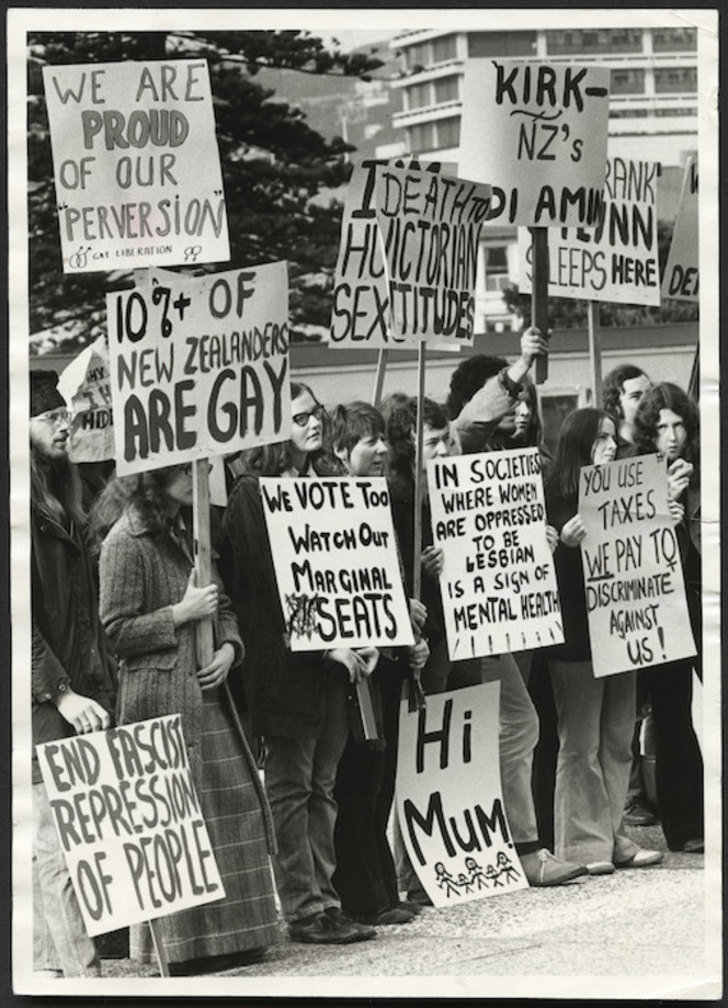 Gay Liberation Movement demonstrating, Parliament grounds, Wellington, New Zealand. Ref: EP-Ethics-Demonstrations-Homosexual Law Reform-01