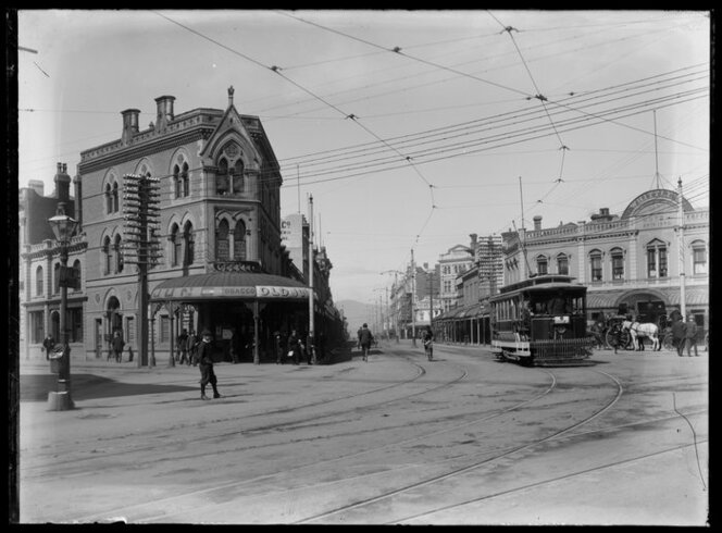 The intersection of Colombo Street, Hereford Street and High Street, Christchurch, ca 1880s-1920s