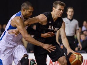 Image: Kirk Penney secures Tall Blacks victory