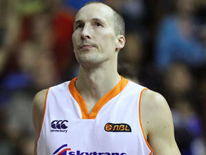 Image: Basketball: Kiwi Phill Jones named ANBL Player of the Week