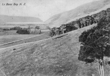 Image: 1909 LeBons bay