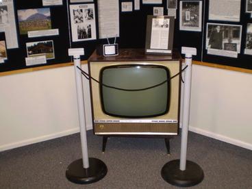 Image: Black And White TV Set