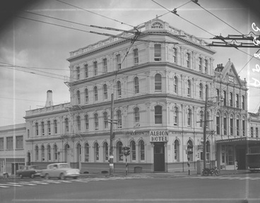 Image: [Albion Hotel]
