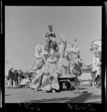 Image: Wellington Santa Parade, sponsored by James Smiths Ltd.