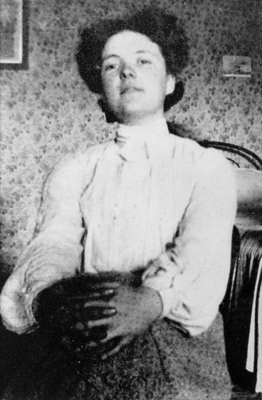 Image: Informal portrait of Katherine Mansfield at Queen's College, London