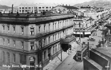 Image: Royal Oak Hotel, and Cuba Street, Wellington