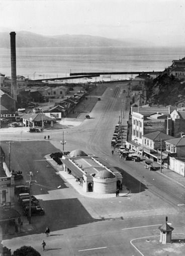 Image: Kent Terrace and Oriental Parade, Wellington
