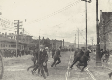 Image: The Battle of Featherston Street, during the 1913 New Zealand Waterfront Strike