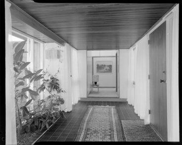 Image: Harding house, interior