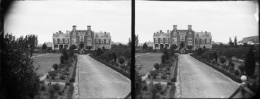 Image: A Stereograph of the Benevolent Institute, Caversham, Dunedin