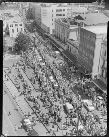 Image: Christmas parade, Manners St., Wellington