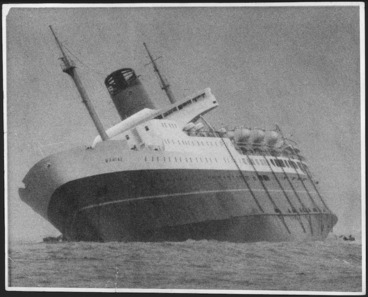 Image: Wahine sinking in Wellington Harbour