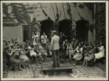 Image: Douglas Lilburn conducting his Cambridge Suite at the Cambridge Music School