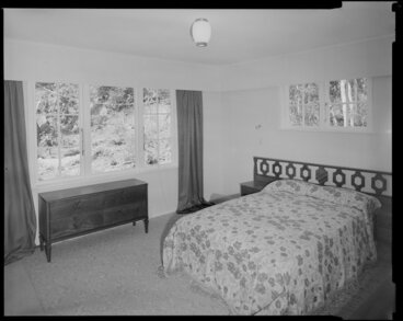 Image: House interior, bedroom