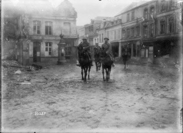 Image: Divisional commanders entering Le Quesnoy, France, after its capture
