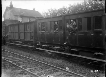 Image: New Zealand troops on the leave train during World War I