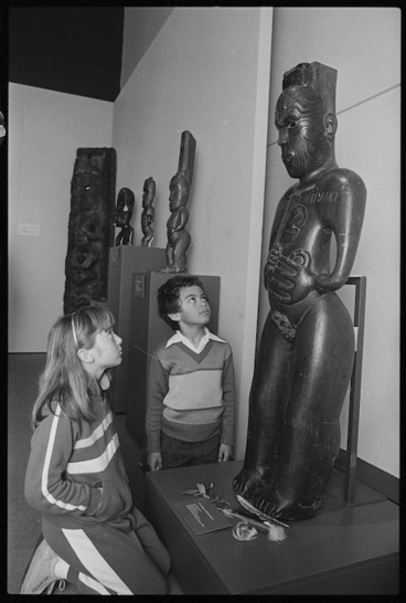 Image: Two children at the Te Maori exhibition - Photograph taken by Greg King
