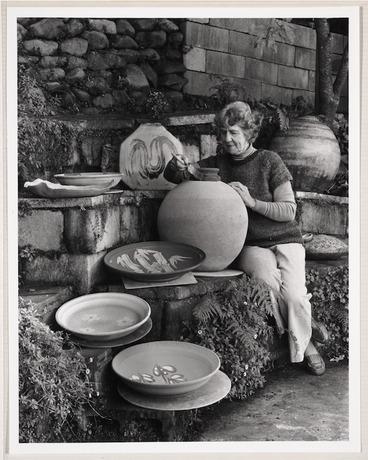 Image: Portrait of Doreen Blumhardt, potter