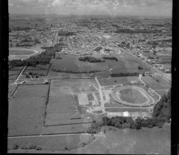 Image: Te Kapua Park Racecourse, Stratford, Taranaki