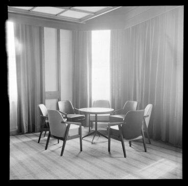 Image: Interior, Royal Oak Hotel, Wellington