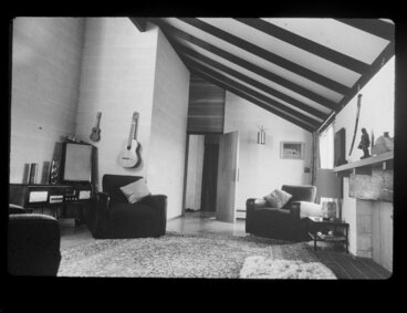Image: Interior of unidentified house