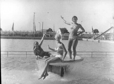 Image: Full length portrait of poolside scene with the Aquabelles