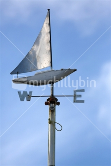 Image: Sailing boat wind direction sign