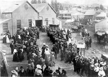 Image: Women voting in Auckland, 1899