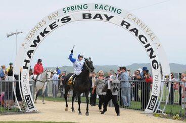Image: Hawke's Bay racing