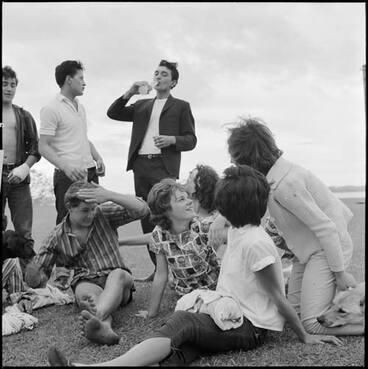 Image: Pt Chevalier, 1964