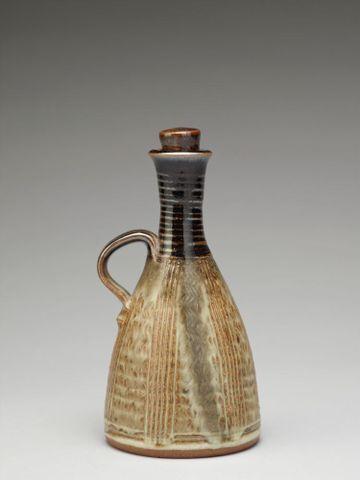 Image: Oil bottle
