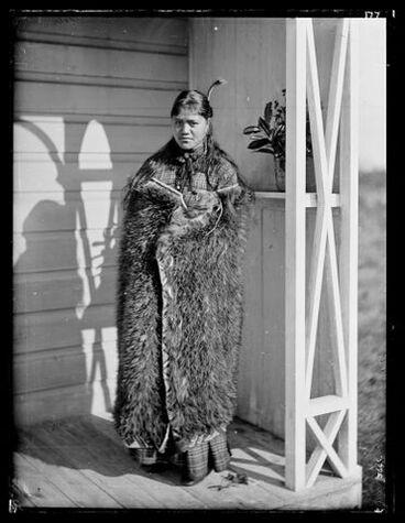 Image: Maori woman
