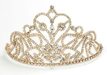 Image: Diamante tiara