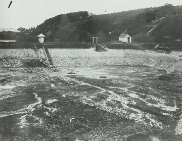 Image: Ross Creek Dam Cleaning - Earth Dam c1920