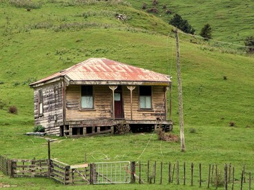 Image: Old house, Porootarao, Waikato, New Zealand