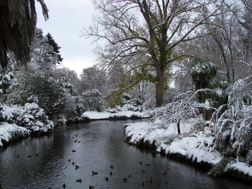 Image: 25th Jul 2011 - Snow - Botanic Gardens #6 - Bridge 2