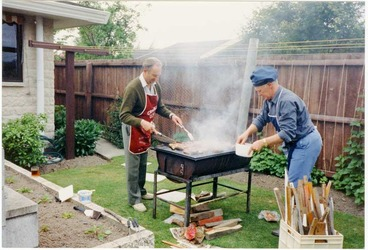 Image: Barbecuing in the backyard