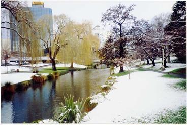 Image: Snow, Avon River