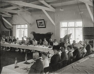 Image: Queen Mary Hospital dining room, Christmas dinner 1917