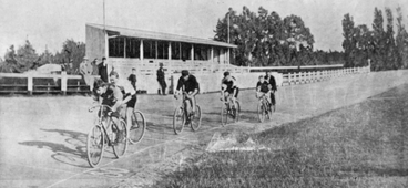 Image: lesston cycling track
