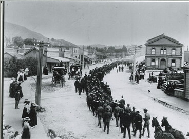 Image: Troops returning from Boer War, Greymouth