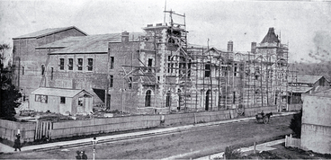 Image: Construction of the Agricultural and Industrial Hall (later the City Municipal Chambers) in Manchester Street