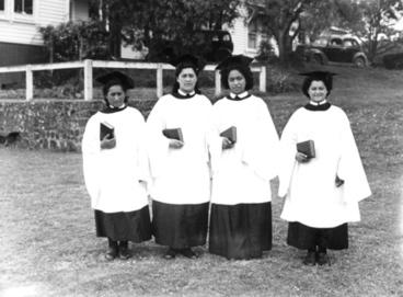 Image: Students (choir members) Queen Victoria School