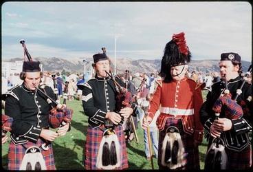 Image: [Pipe band, Beaumont autumn race-meeting, Wingatui racecourse, Mosgiel, Dunedin]