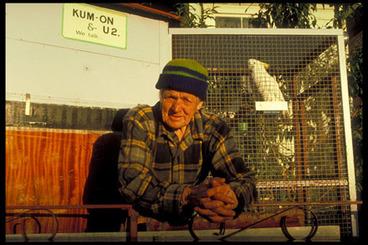 Image: Man & cockatoo, Franklin Rd, Ponsonby