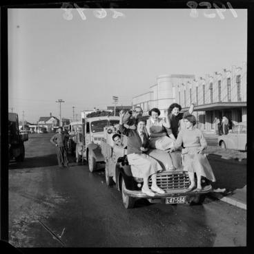 Image: Nurses leaving for new nurses home